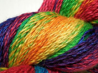Handspun yarn - Reflected rainbow3 - DSCN3383-1-c