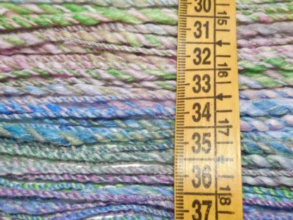 Handspun yarn - Spring5 - DSCN3484-1-c