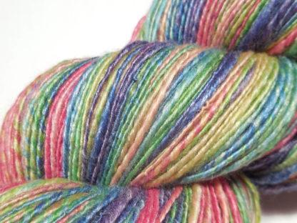 Handspun yarn - Faded rainbow3 - DSCN3800-1-c