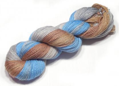 Handspun yarn - Sand, silver and sky2 - DSCN3893-1-c