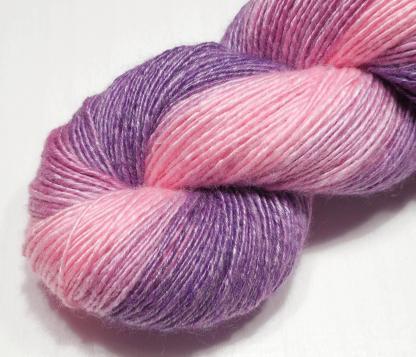 Handspun yarn - Tenderness - DSCN3968-1-c