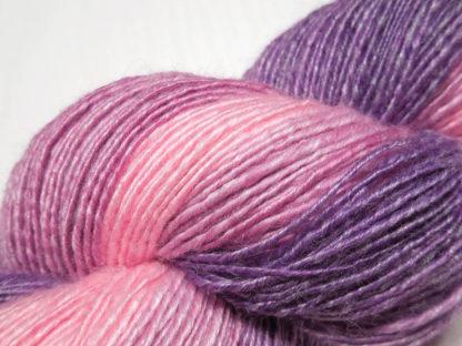 Handspun yarn - Tenderness3 - DSCN3973-1-c